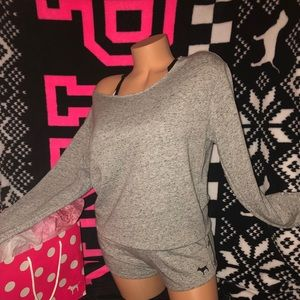 VS PINK Short Outfit.  XS (Oversized)